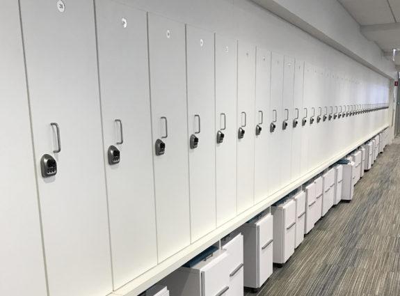 day locker large bank