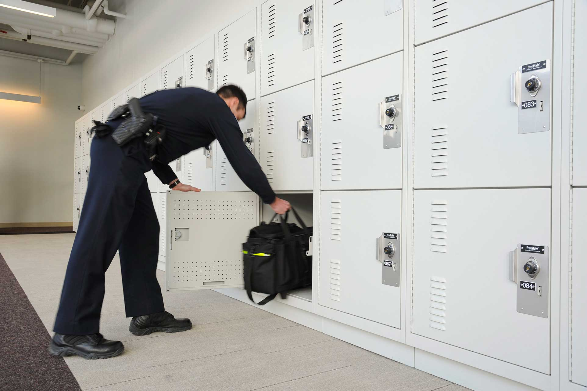 day use public safety lockers