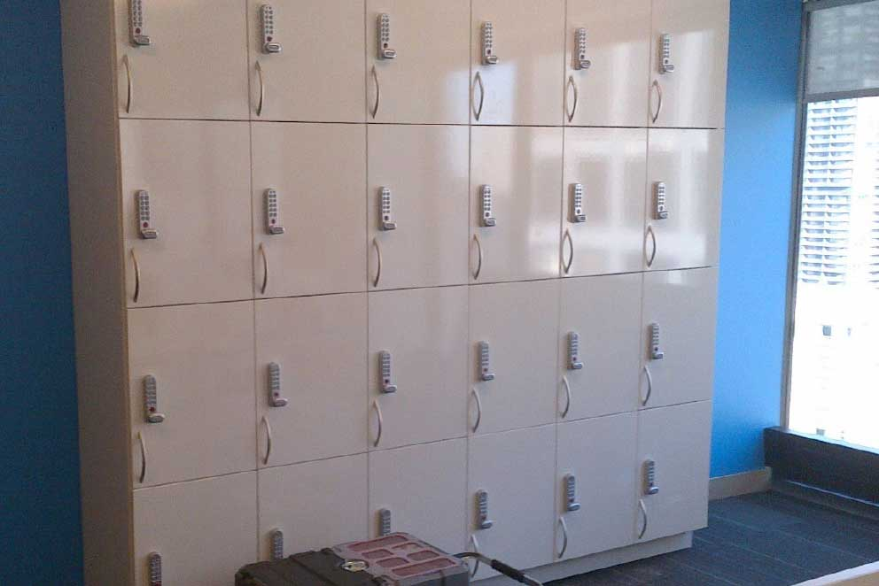Employee Lockers for the Workplace | Bradford Systems