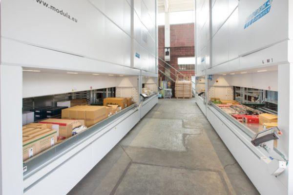 Warehouse Vertical Lift 2